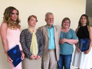 Фото на память (Ю.Богданова, А.Первунина, В.Щипцов, И.Куимова и Д.Кобелева)