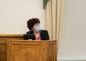 Наталия Калинкина на заседании профильного комитета ЗС РК. Фото пресс-службы ЗС РК