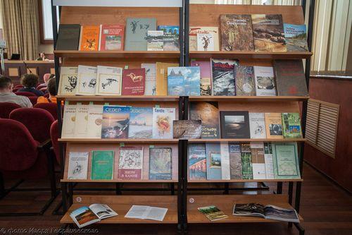 Ученые КарНЦ РАН – авторы многочисленных публикаций, посвященных петроглифам. Фото И. Георгиевского