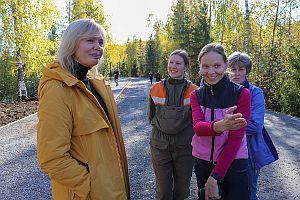 Ольга Бахмет и сотрудники лаборатории лесных биотехнологий