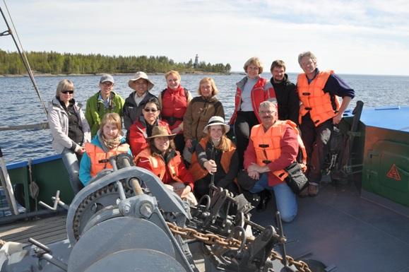 Специалисты по суперконтинентам - участники международной конференции Родиния-2013 в Карелии на борту НИС «Посейдон».