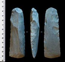 Артефакты – каменные топоры – из «мастерской» «Фофаново XIII»
